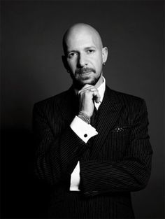 Neil Strauss is one of my favorite writers and entrepreneurs.