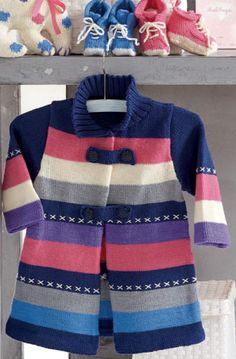 Пальто с полоску для девочки, вязаное спицами