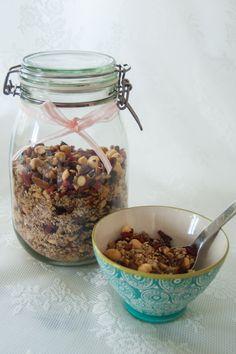Supermüsli fri från gluten och raffinerat socker, ett gott och nyttigt alternativ till Start och Crunchy.