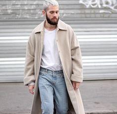 - Beige + White + Jeans - (jaimetoutcheztoi)