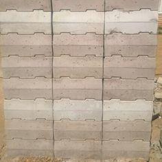 Stumbelblock. Interlocking Concrete blocks. Easy to build with. Super quick.