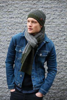 denim style/ armygreen set BICKLEY + MITCHELL FW17/18 MENS COLLECTION / #knitwear #wool #menswear #mensstyle #collar #scarf #snood #fall #winter #ootd #fashion #cold #coat #streetstyle #knit #beanie #black #style #amsterdam #rocks #9straatjes #bickleyandmitchell