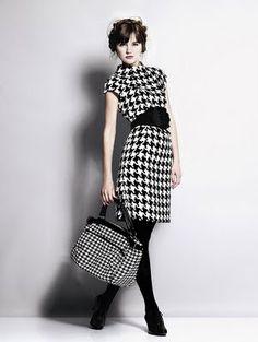 vestido con estampado de pata de gallo, clon de un vestido de Preen