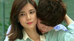 Top 10 feels-inducing K-Drama back hugs