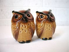 cute vintage owl salt and pepper shakers