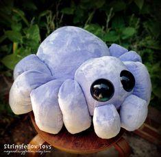 Bartholomew - plush spider by csgirl on DeviantArt - Crafts - Sewing Stuffed Animals, Cute Stuffed Animals, Stuffed Animal Patterns, Sewing Toys, Sewing Crafts, Sewing Projects, Softies, Plushies, Cute Crafts