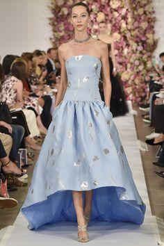 Rockin' the Baby blue - Oscar de la Renta Spring 2015 RTW – Runway – Vogue
