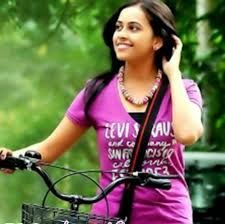 Sri Divya Film actress Sri Divya is an Indian film and television actress, who acts in Tamil and Telugu films.