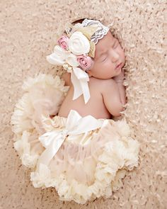 Hey, I found this really awesome Etsy listing at https://www.etsy.com/listing/196626734/rosette-baby-headband-girls-couture
