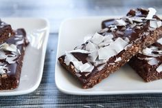 No Bake Peppermint Patty Bars | Homemade Granola Recipes You Will Crave For Breakfast, Lunch, & Dinner by Pioneer Settler at http://pioneersettler.com/25-homemade-granola-recipes-will-crave/