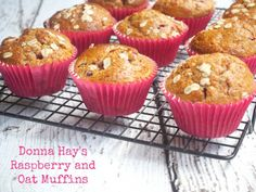 Get Cranberry Orange Muffins Recipe from Food Network Savory Muffins, Oat Muffins, Baking Muffins, Yummy Snacks, Snack Recipes, Yummy Food, Breakfast Recipes, Donna Hay Recipes, Cranberry Orange Muffins