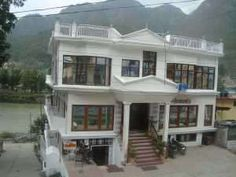 Gangotri is one of the most popular tourist spot in Uttrakhand. Its perfect place between Kedarnath and Haridwar make it as an ideal spot. We offer some of the luxurious & budget hotels in Kedarnath. http://www.hotelschardham.com/hotels-in-gangotri/