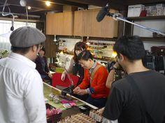 西川きよし師匠よりクアトロガッツにサイン色紙が届きました☆|「小さい財布」「極小財布」小さいふのクアトロガッツ スタッフのブログ