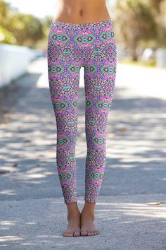Gypsy Swirl – Eco-Friendly Printed Performance Leggings