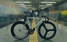 FIXIE,FIXED GEAR,TRACK