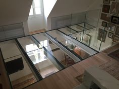 Vertigo Design with this extra clear glass floor by Trescalini - Escaliers, structures et garde-corpsArchiExpo