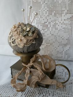 Crafts Ideas, Sewing Kits, Pin Cushions, Candlesticks Holders, Vintage Pin, Candles Sticks, Candle Holders, Candles Holders, Pincushions