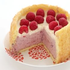 How To Make Berry Mousse Toasted Coconut Charlotte Desserts Recipe Coconut Desserts, Just Desserts, Delicious Desserts, Dessert Recipes, Yummy Food, Cheesecake Recipes, My Dessert, Eat Dessert First, Yummy Treats