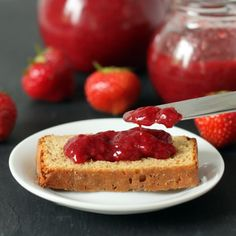 Honey-sweetened strawberry jam without pectin | Texan Erin