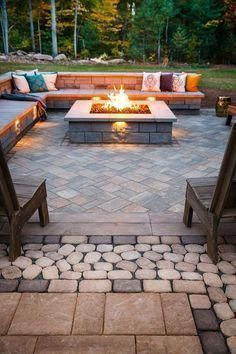 Acquire fantastic suggestions on fire pit backyard seating. They are actually - Fire Pit - Ideas of Fire Pit - Acquire fantastic suggestions on fire pit backyard seating. They are actually available for you on our internet site. Backyard Seating, Backyard Patio Designs, Backyard Landscaping, Landscaping Ideas, Diy Patio, Fire Pit Area, Luxury Landscaping, Fire Pit With Seating, Stone Patio Designs