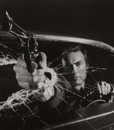 Clint Eastwood, 1977
