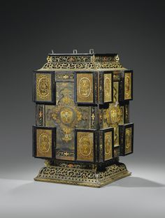 A CARVED LAQUERED-WOOD AND BAMBOO SQUARE LANTERN, CHINA, QING DYNASTY, QIANLONG PERIOD (1736-1795)