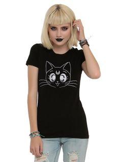This moody Luna T-shirt.