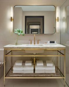 """Polubienia: 60, komentarze: 3 – distinctive Living Design (@distinctivelivingdesign) na Instagramie: """"Real, thoughtful and considered  By Anda Andrei and Space Copengahen #distinctivelivingdesign…"""""""