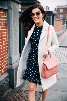 Classy Girls Wear Pearls: Dotting Through the Streets