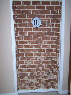 Ideas for Harry Potter Birthday~ Z's closet door? He'd love it!!!