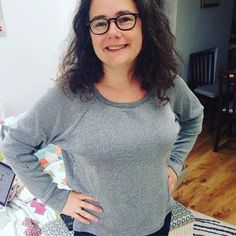 OMG! Love this @grainlinestudio #lindensweatshirt pattern. Just about an hour…