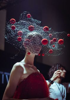 Backstage at Armani Privé Fall/Winter Photos by Morgan O'Donovan Described as 'wearable art'. Caroline Reboux, Armani Privé, Fascinator Hats, Fascinators, Headpieces, Look Dark, Crazy Hats, Body Adornment, Fashion Art