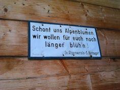alpenverein österreich_521  #austria #Osterreich #østrig   Austrian Alps  En nuestro blog mucha más información   #travelling #ඕස්ට්රියාව Austria, Letter Board, Lettering, Travelling, Blog, Alps, Nice Asses, Drawing Letters, Blogging