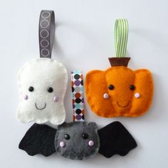 adorable felt ornaments! #halloween (source: http://paper-and-string.blogspot.com/2011/10/trick-or-treat.html)