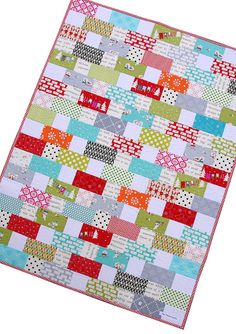 Red Pepper Quilts: A Cherry Christmas Quilt. Love this, and it seems easy enough for me to make!