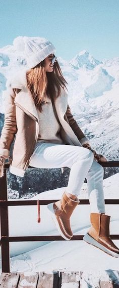 Discover recipes, home ideas, style inspiration and other ideas to try. Estilo Fashion, Ski Fashion, Fashion Mode, Love Fashion, Fashion Outfits, Fashion Trends, Cold Weather Outfits, Fall Winter Outfits, Winter Wear