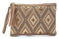 http://domodi.pl/torby-i-plecaki/kopertowki/stone-aztec-stud-zip-top-clutch_2797341