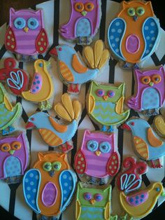 Pretty biscuits - Use Queen Royal Icing and colourings
