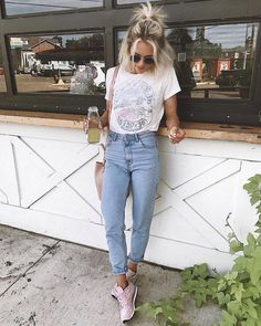 50 Awesome Spring Outfits You Need To Have / 16 - vintage summer outfits outfits vintage shorts vintage dress vintage fashion vintage outfits summer beach dress summer beach wear summer dress flowers - Vintage Outfits -Summer Vintage Dresses 2019 Spring Outfits For School, Trendy Summer Outfits, Outfits For Teens, Fall Outfits, Casual Outfits, Casual Dresses, Mode Outfits, Fashion Outfits, Womens Fashion