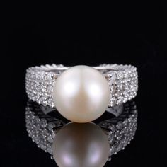 18K WHITE GOLD NATURAL FRESHWATER PEARL & DIAMOND RING. Style: Diamond & Freshwater Pearl Ring. Gem Type: Natural Freshwater Pearl. Metal: Solid 18K White Gold. Metal Stamp: G18K. SIDE SMALL DIAMOND. | eBay!
