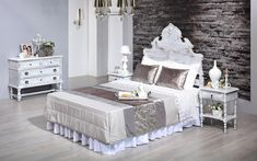 Glamour - We love old furniture Old Furniture, Toddler Bed, Shabby Chic, Glamour, Home Decor, Top Coat, Bedroom, Child Bed, Decoration Home