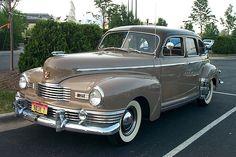 1947 Nash Ambassador 4- Door Slipstream Sedan