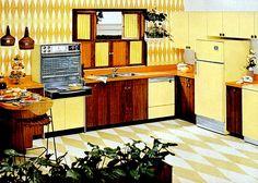 kitchen Six wonderful, workable kitchen design - 1960s Kitchen, Mid Century Modern Kitchen, Vintage Kitchen, Retro Vintage, Retro Kitchens, Yellow Kitchens, Vintage Yellow, 1960s Interior, Vintage Interior Design