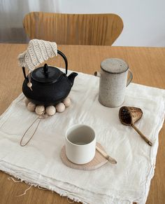 tea time, la casita ~ I like the routine and the ritual that having tea invokes.