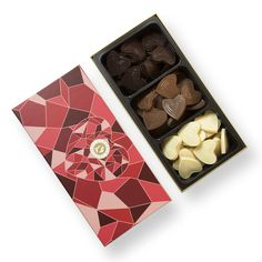Perfect gift for Valentine's day, mother's day or any occasion to show your love     http://www.planetechocolat.com/fr/assortiment-de-caraques/177-coeur-chocolat-mixte.html  #giftideas #heart #chocolatebox #valentinesday #mothersday #belgianchocolate