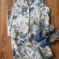 """Tropical Print Top & Cropped Pants  The perfect outfit for summer! Pretty blue and sage floral. Sleeveless blouse has a collar and ties at the waist. About 22"""" long.cropped pants have pretty trim and notch at the leg bottoms. 26"""" inseam. Waist 15.5"""". Hip 19.5"""". Hidden front zipper. & no waistband for smooth fit. 100% linen. Washable. Each piece also works well alone. The top is so cute w/ jeans or light khaki. Preloaded in good condition. Smoke free home. Willi Smith Other"""