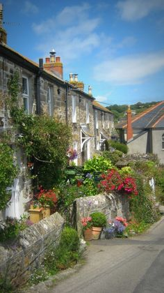 Mousehole, Cornwall....I'm gonna live here one day!