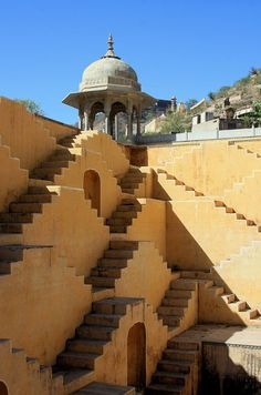 Excellent step pond in village behind Amber Fort. There are also a number of Havelis and temples worth seeing. In Rajasthan these are relatively unadorned topped with chatris with a pavilion embedded on one side. Image it lit glittering in the evening.