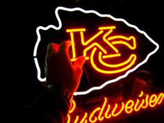 """NFL KANSAS CITY BUDWEISER BEER BAR CLUB NEON LIGHT SIGN (16"""" X 15"""") - Free Shipping Worldwide  ~ Voltage: 100-240v UL Transformers from NeonPro - Workable in all countries - US, UK, Canada, Japan, Australia, European Countries, & Others.  ~ Payment: Paypal / Credit Cards / Western Union.  ~ Delivery Time: 9-15 days to USA/Canada/Japan/Australia/Asian Countries; 12-18 days to European Countries/South American Countries; via a USPS/Hongkongpost/Canadapost tracking number, directly shipped from…"""