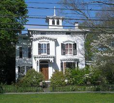 46 Main Street, Newtown